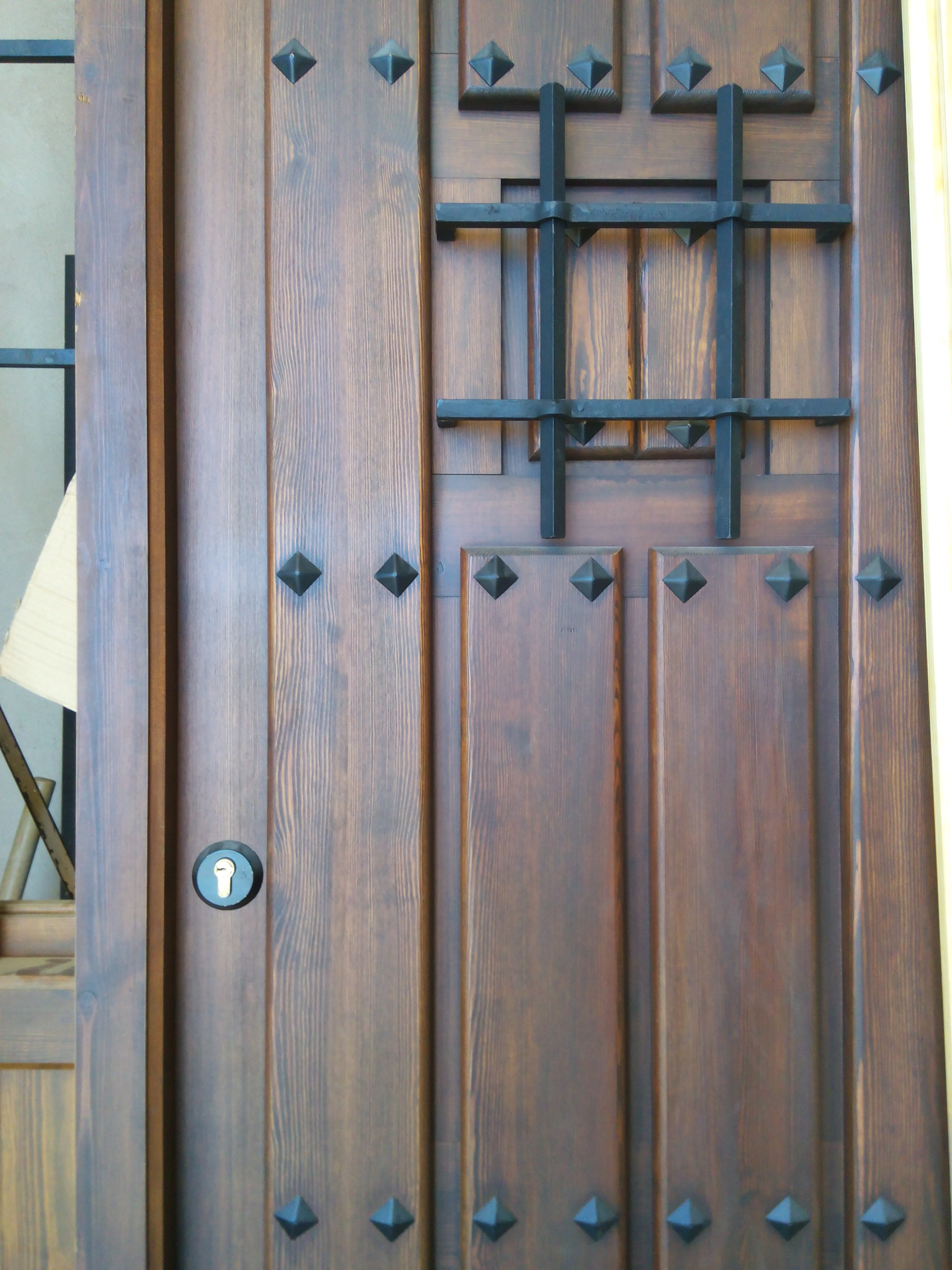 Pintura puertas madera gallery of ce apartamento interior - Pintura puertas madera ...