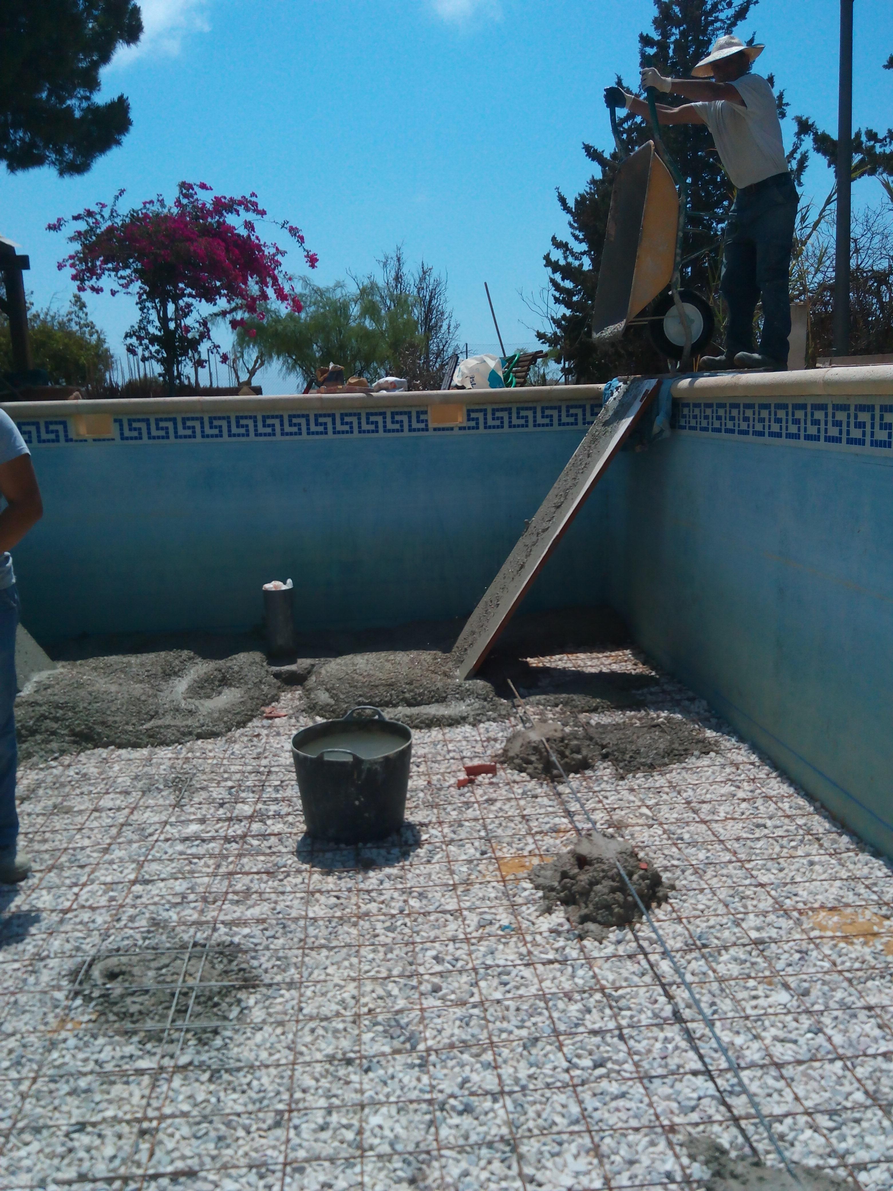 Reparaci n de piscinas en alicante for Piscina alicante