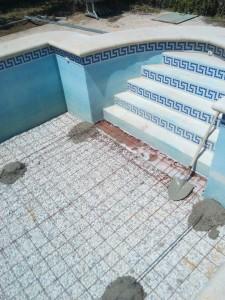 Trabajo de reparación de piscina en Alicante por la empresa de reformas en El Campello Alex.