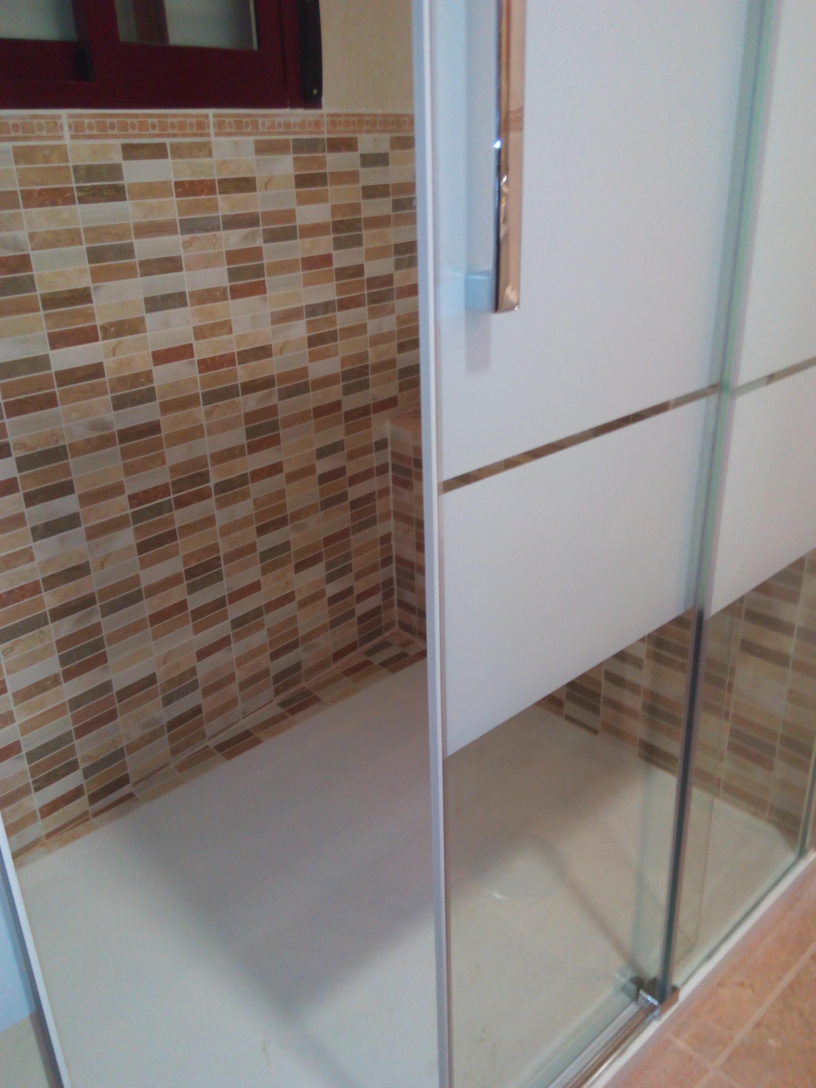 Cambiar ba era por plato de ducha alicatado fontaner a for Cambiar banera por ducha