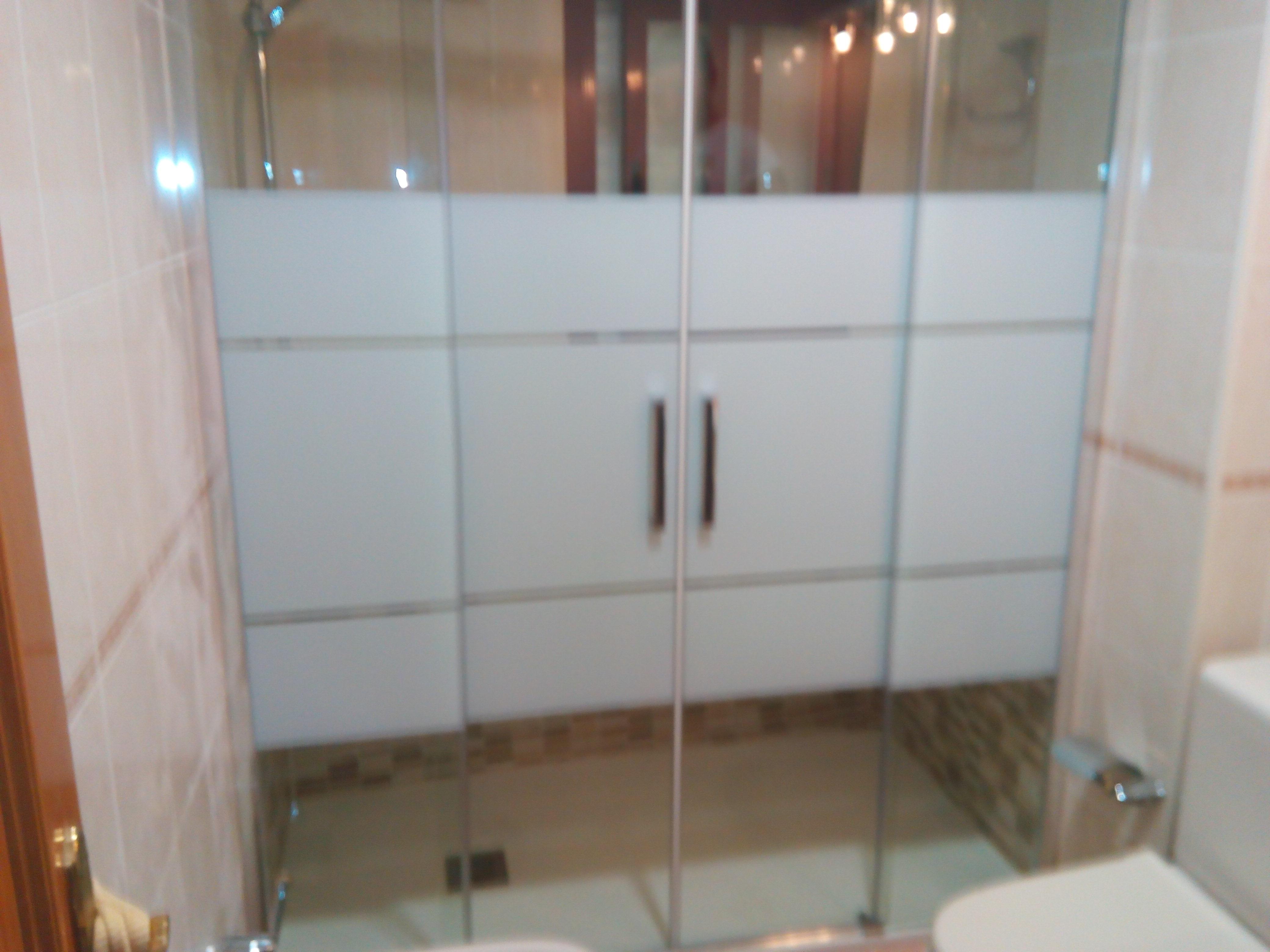 Cambiar ba era por plato de ducha alicatado fontaner a - Instalacion de plato de ducha ...
