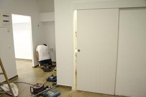 instalación de puerta corredera - reformas alicante campello Alex