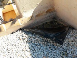 Somos una empresa de reformas experta en reparación de tejados en Alicante. Nuestra empresa de reformas tiene mucha experiencia en reparación de tejados en Alicante. Reparamos tela asfáltica en terrazas no pisables, suelos de terrazas pisables y sobre todo tejados antiguos. Bien de teja curva o teja plana de Alicante.